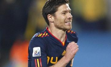 Alonso hails Spain quality