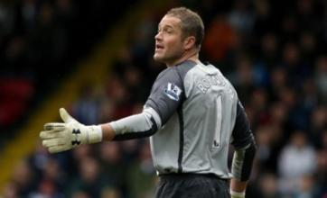 Paul Robinson snubs Fabio Capello by announcing England retirement
