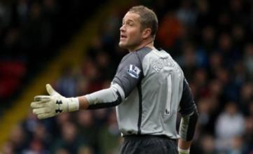 Paul Robinson snubs Fabio Capello by announcing England retirement