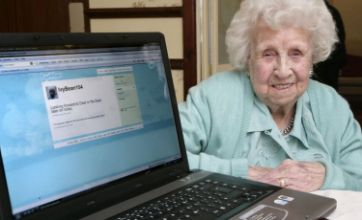 Ivy Bean, world's oldest Twitter user, mourned at funeral