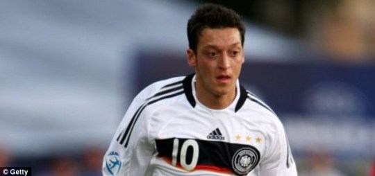 German World Cup star Mesut Ozil may be joining Manchester United