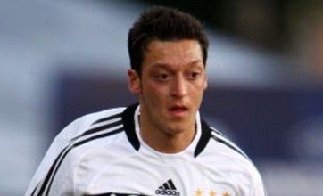 Mesut Ozil to Man United 'could be on the cards', Sir Alex Ferguson hints