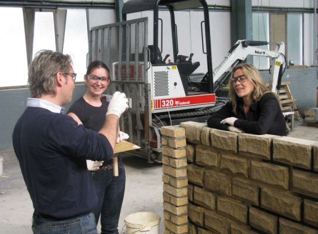 Help My House Is Falling Down: Sarah Beeny tries to stop owners bricking it (C4)