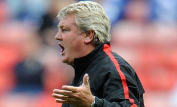 Sunderland boss Steve Bruce tells Lee Cattermole to cool it