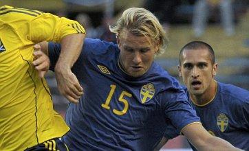 Ola Toivonen 'tipped for Spurs or Liverpool transfer'