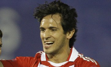 Transfer gossip: Squillaci to Arsenal, Santa Cruz and Bridge to Liverpool, Spurs in for Toivonen