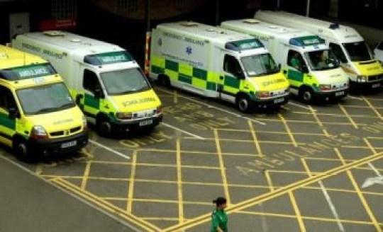 Dad dies after 'ambulance took 90 minutes to get him despite