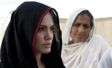 Angelina Jolie in cash plea for Pakistan flood refugees