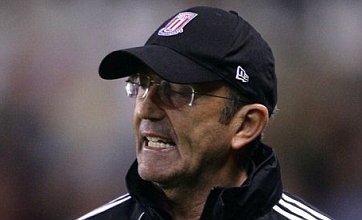 Tony Pulis' half-time dressing room dash 'earned Stoke win over Villa'