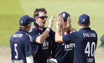 Graeme Swann set to follow Andrew Flintoff's lead at ICC awards