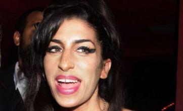 Amy Winehouse apologises for Mark Ronson Twitter rant