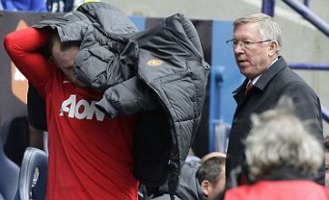 Wayne Rooney injury 'is an issue for Champions League' – Mike Phelan