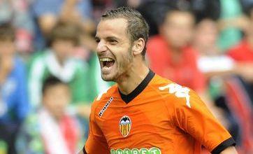 Manchester United v Valencia key battles: Berbatov, Vidic, Fletcher