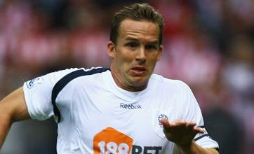 Bolton manager Owen Coyle tips Kevin Davies for England cap