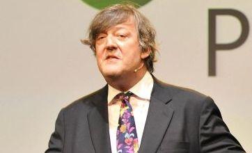 Stephen Fry hails Windows Mobile 7