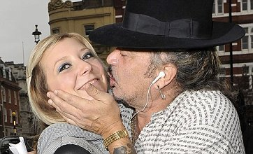 X Factor's Wagner can't stop kissing fans