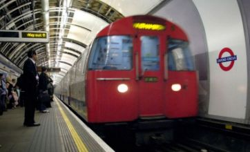Tube delays 'not caused by overtime ban'