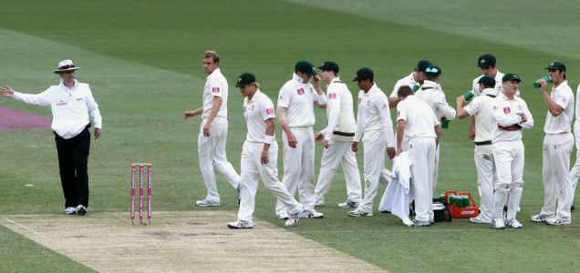 Michael Beer's no-ball Ashes 'wicket'