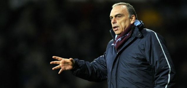 In the money: West Ham manager Avram Grant (AFP/Getty Images)