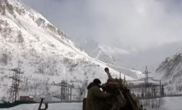 Video: Huge avalanche catches out startled Russian army