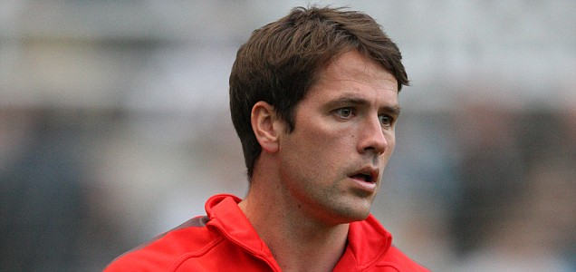 Manchester United's Michael Owen faces a summer of uncertainty, but as his current deal winds down, Derby County wait to pounce