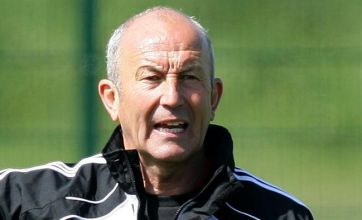 Stoke City boss Tony Pulis hits out at 'wrong' Premier League schedule