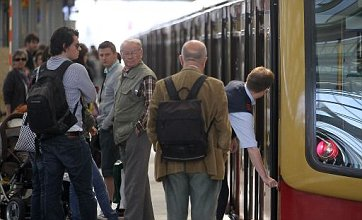 East Coast trains back to normal after overhead power lines cause chaos