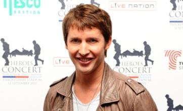 James Blunt angers Polish fans after posting joke about hotel on Facebook