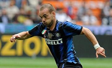 Wesley Sneijder leaves door ajar for Manchester United or Chelsea transfer