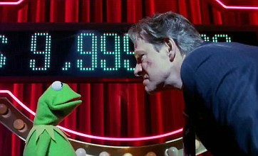 The Muppets new trailer spoofs Green Lantern with Kermit the star