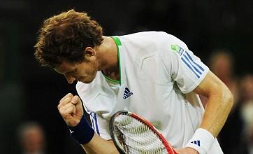 Wimbledon 2011: Andy Murray battles through under Centre Court roof