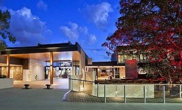 Biggest pub in the world opens in Brisbane, Australia