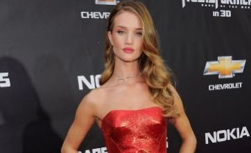 Rosie Huntington-Whiteley looks red hot at Transformers 3 premiere