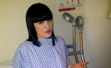 Jessie J tweets she's on 'bed rest' after emergency foot surgery