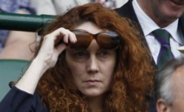 Rebekah Brooks under pressure to quit over News Of The World scandal