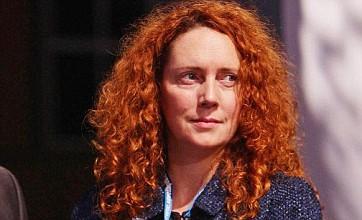 Rupert Murdoch backs Rebekah Brooks over phone hacking scandal