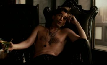 Topless David Tennant dons leather trousers in new Fright Night trailer