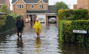 Flood alert for northern England as rain threatens more chaos