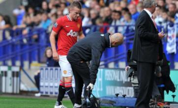 Tom Cleverley injury overshadows Manchester United win at Bolton