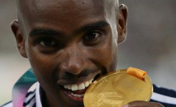 Mo Farah takes gold as Phillips Idowu bags silver at World Championships