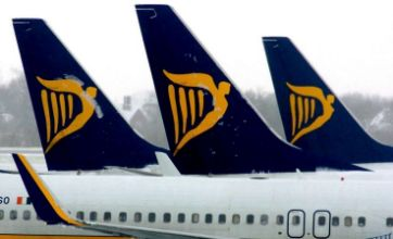Ryanair passenger faced with police for refusing to leave overbooked plane