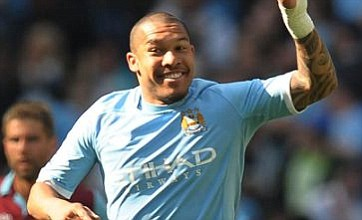 Nigel De Jong plays Angry Birds to rile himself up for Man City clashes