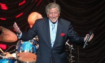 Tony Bennett becomes oldest living artist to top US chart with duets album