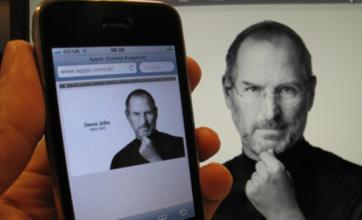 Sony Pictures 'in talks to buy film rights for Steve Jobs biography'