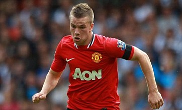 Tom Cleverley signs new Manchester United deal and targets more trophies