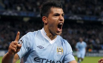 Sergio Aguero rescues Manchester City as they beat Villarreal 2-1