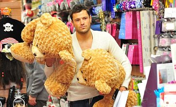 Mark Wright buys giant teddy bears for Sam and Billie Faiers after attack