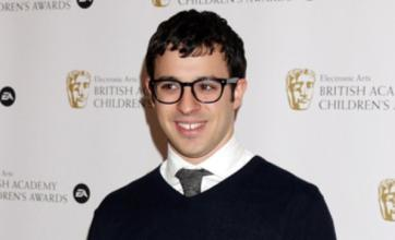 Inbetweeners star Simon Bird asks girlfriend Lisa Owens to marry him
