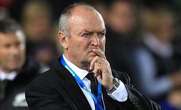 Graham Henry warns England against knee-jerk sacking of Martin Johnson