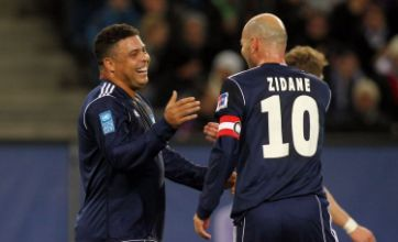Golden oldies Zinedine Zidane and Ronaldo play in charity match.